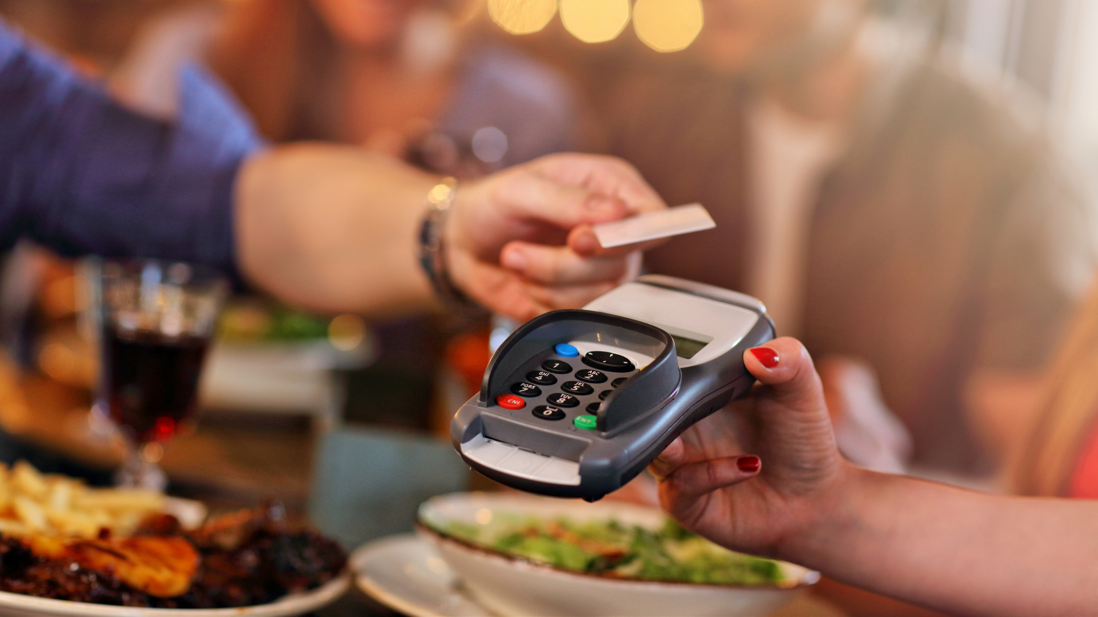 Counteract slow restaurant sales with a loyalty program