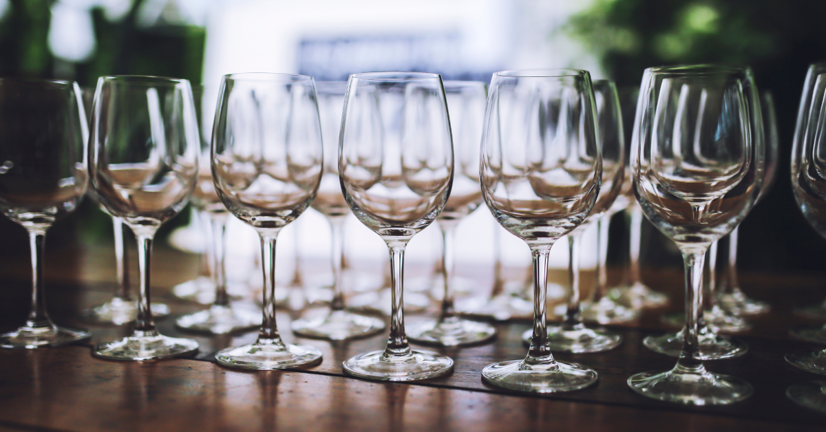 choosing the right glass for wine